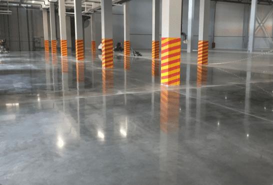Характеристики литиевой пропитки PROLIT Пропитка-отвердитель, созданная для упрочнения свежего и существующего бетонного пола и минеральных поверхностей.